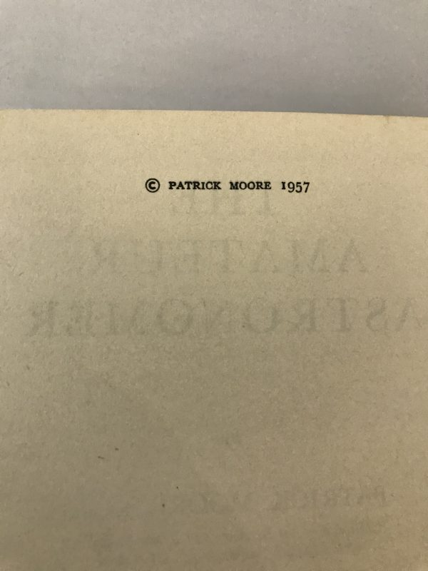 patrick moore the amateur astronomer first edition2
