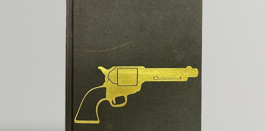 ian fleming the man with the golden gun first uk edition 1965 with golden gun