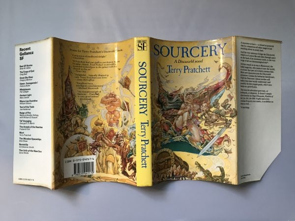 terry pratchett sourcery first edition4