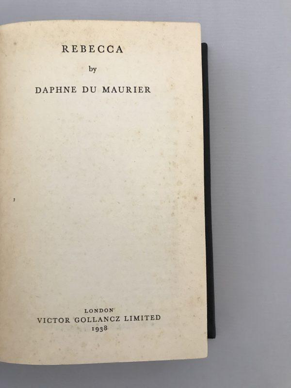 daphne du maurier rebecca rebound first edition2